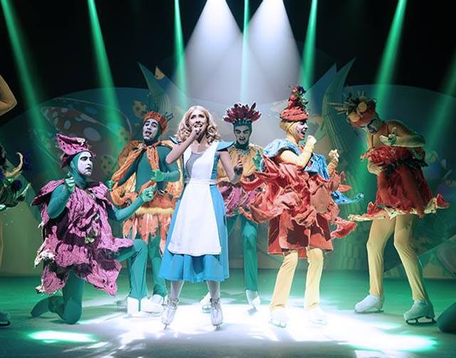 Musical Alice e o País das Maravilhas no Gelo
